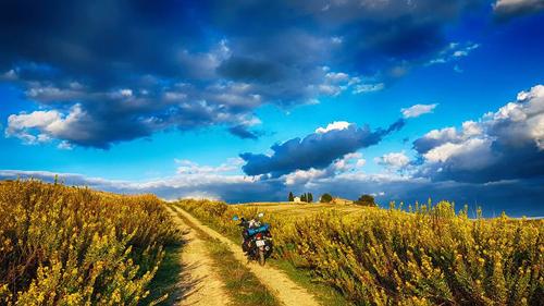 5-from-saigon-to-paris-a-vietnamese-backpackers-motorbike-adventure-25