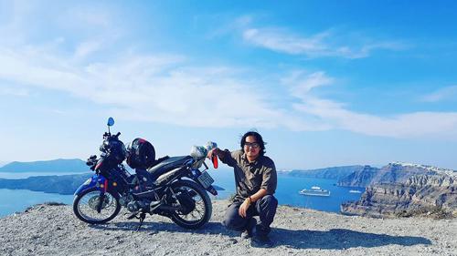 From Saigon to Paris: A Vietnamese backpacker's motorbike adventure