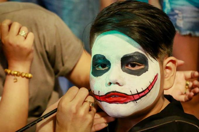 next-episode-of-saigon-halloween-the-haunted-backpacker-street-11