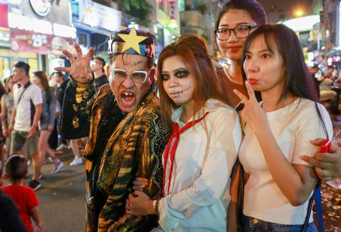 next-episode-of-saigon-halloween-the-haunted-backpacker-street-2
