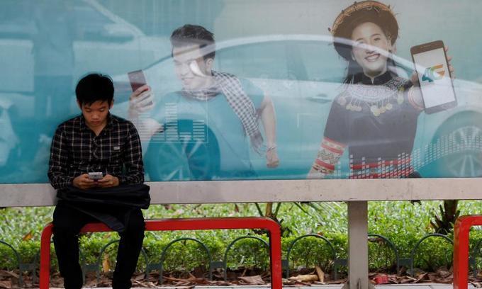 Bill demanding Google, Facebook install domestic servers raises eyebrows in Vietnam