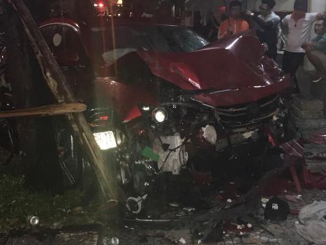 Woman killed by car crash while sitting inside restaurant in Vietnam