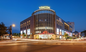 Vietnam's Vincom Retail debuts at $1.79 a share