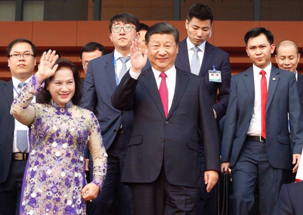 President Xi and Vietnams National Assembly Chairwoman Nguyen Thi Kim Ngan attend the opening of the Vietnam-China Friendship Palace. Photo by VnExpress