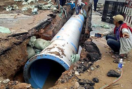 Saigon spends big on pipeline in bid to plug leaking water