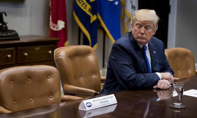 Trump, Democrats spar as government shutdown looms