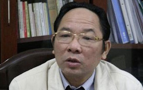 Former Hanoi official could face death for embezzlement