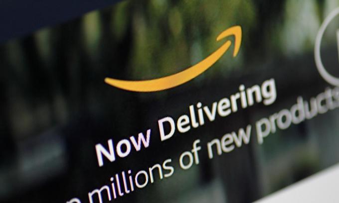 Retailers brace as Amazon launches in Australia