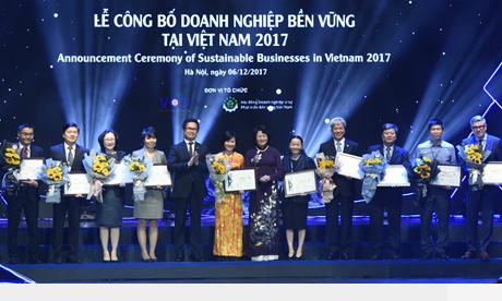Commerce chamber awards sustainable enterprises in Vietnam