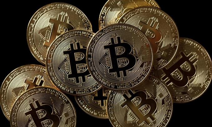 Bitcoin futures rocket past $18,000; Asian shares buoyant