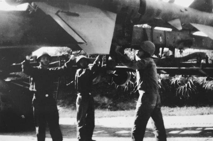 hanoi-exhibition-remembers-christmas-bombings-of-1972-4