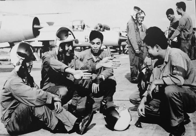 hanoi-exhibition-remembers-christmas-bombings-of-1972-5