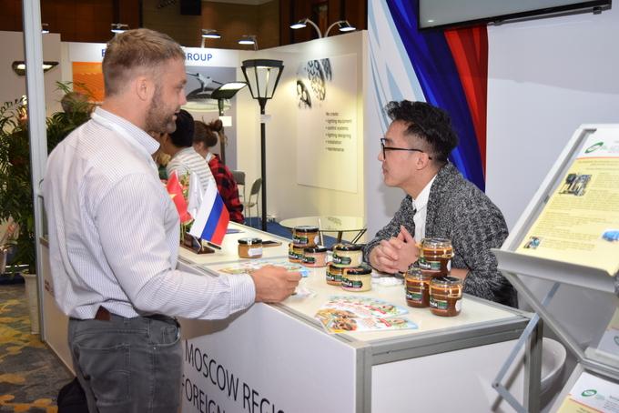 Vietnam, Russia seek to boost economic cooperation through expo