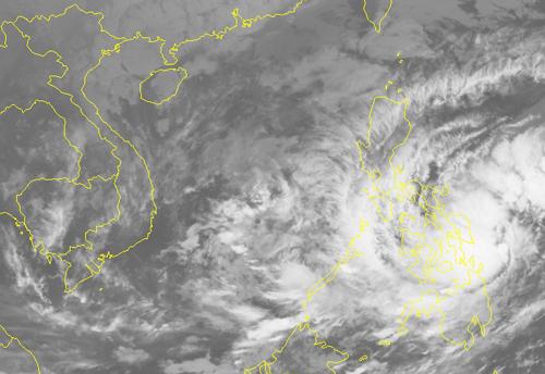 Tropical storm creeping toward Vietnamese waters