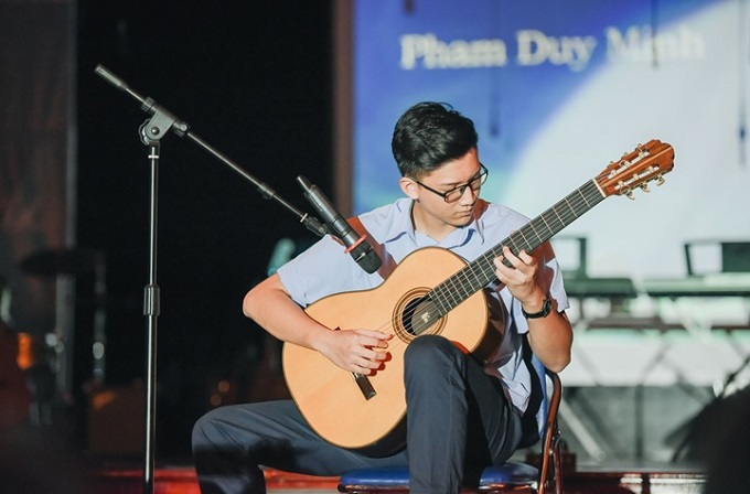 british-international-school-hanoi-offers-music-studies-fit-for-royalty-1