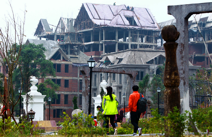 tourism-obsession-turns-green-retreat-into-construction-site-outside-hanoi-2