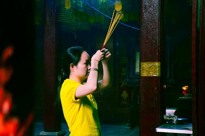 The temple is visited often by many Chinese, whether they are looking for peace or career success. Vietnam recognized the building a national cultural and historical heritage in 1993.
