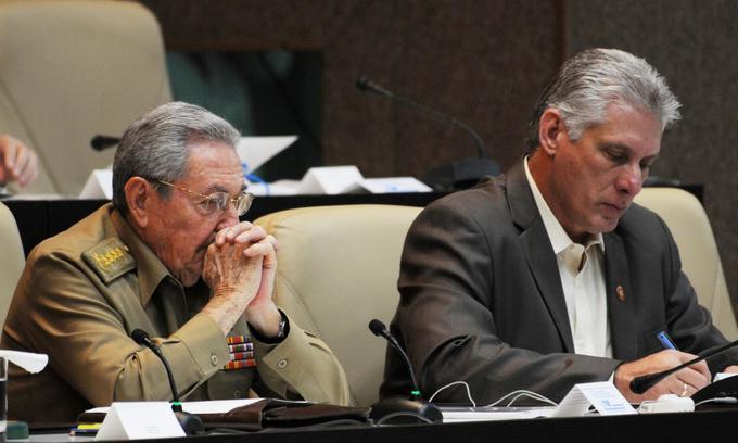 Cuba delays historic handover from Castro to new president