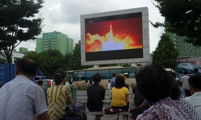 N. Korea preparing to launch satellite: report