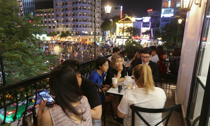 Jobless Vietnamese millennials would rather stay home than do manual work