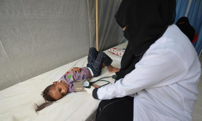 In world's worst cholera outbreak, vaccine talks hang in the balance