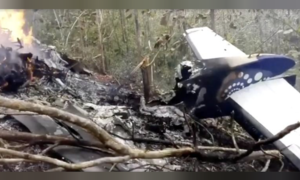 10 Americans killed when plane crashes and burns in Costa Rica