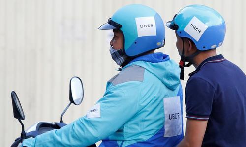HCMC court drops Uber's lawsuit against tax demand