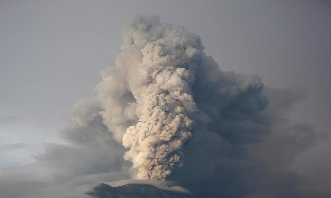Indonesia shrinks danger zone around grumbling Bali volcano