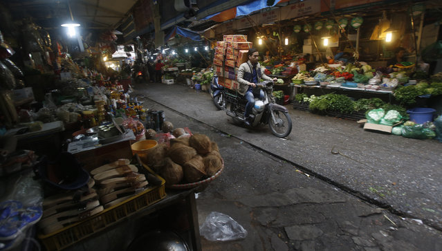 Vietnam's ministry back on track with proposal to raise VAT