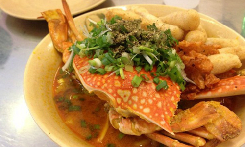 Get your claws into a crab-induced food coma in Saigon