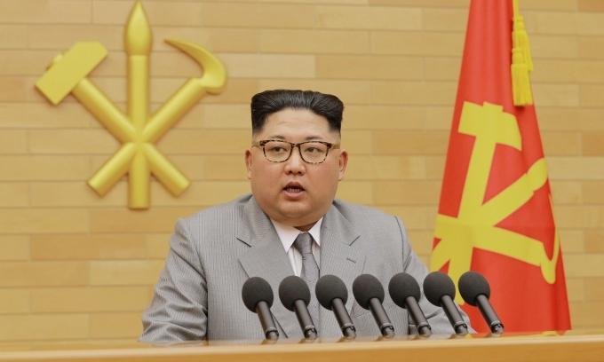 North, South Korea begin talks as Winter Olympics help break ice
