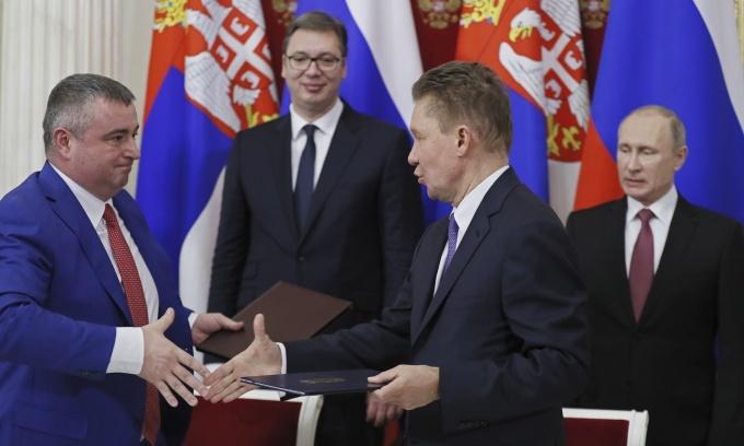 EU more dependent on Russian gas despite bid to diversify