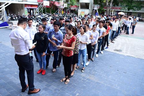 57,000 civil servants in Vietnam hold redundant positions: audit