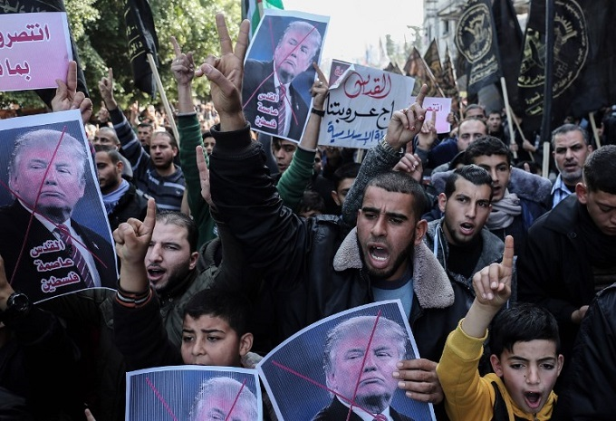 Warnings of fallout after US freezes funding for Palestinian refugees