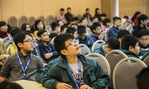 Hanoi youth discuss technology and future of work with industry experts