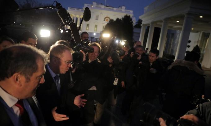 US government shutdown begins as spending bill fails in Senate