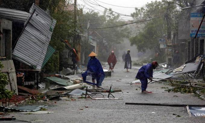 Deadly typhoon that struck Vietnam among world's most neglected crises of 2017