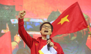 Deputy PM cries 'Vietnam still wins' despite defeat to Uzbekistan