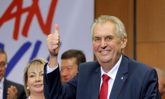 Czech President Zeman re-elected with anti-immigration message