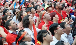 'I've never seen someone celebrate a loss like this': Vietnam's football spirit surprises tourists