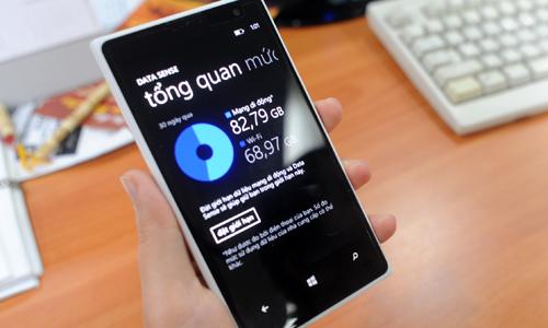Vietnamese mobile providers slash roaming fees in bid to keep customers