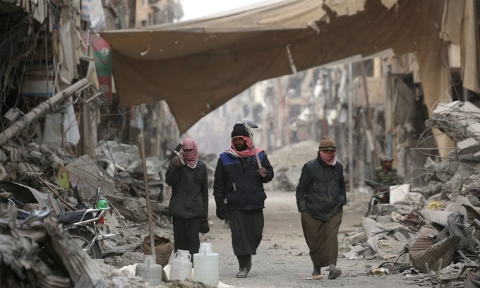 US allows Syrians to stay for another 18 months