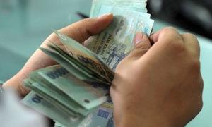 Vietnam's real estate agents offer huge Lunar New Year bonus