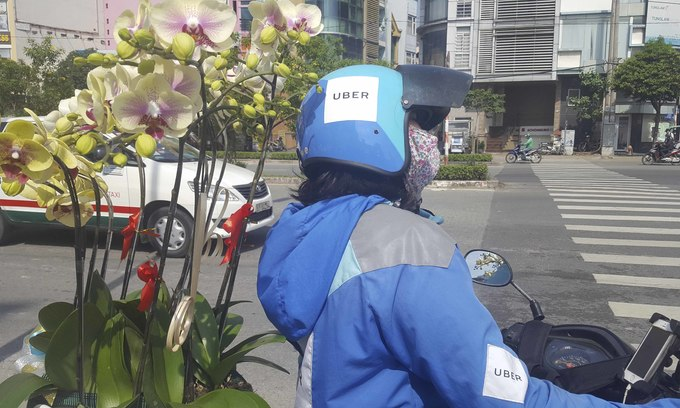 Vietnam still struggles to make Uber pay back taxes