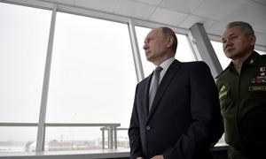 Fears of nuclear arms race despite US, Russian pledges
