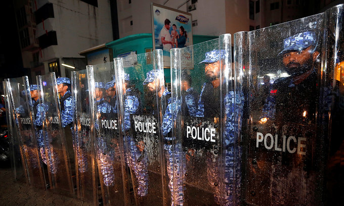 Vietnam warns citizens away from Maldives amid political crisis