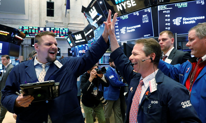 Wall Street roars back, traders eye volatility ahead