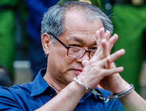 Court postpones sentencing in Vietnam's largest banking scandal, demands further probe