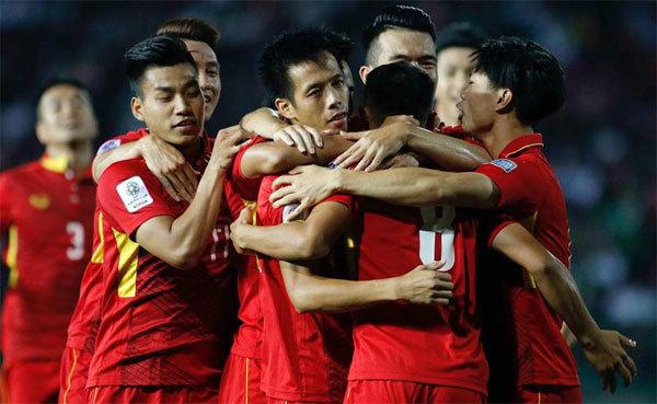 Vietnam receives three nominations for first regional football awards