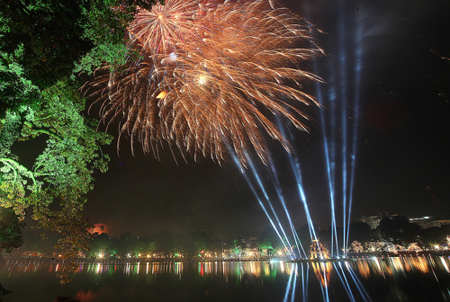 Hanoi charges $66 for a peep of Lunar New Year fireworks